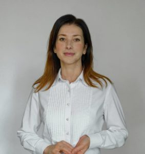 На фото Чернецова