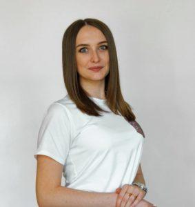 На фото Гольнева